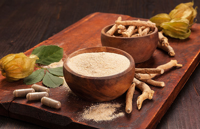 Roots-and-powder-of-Ashwagandha-on-wooden-background