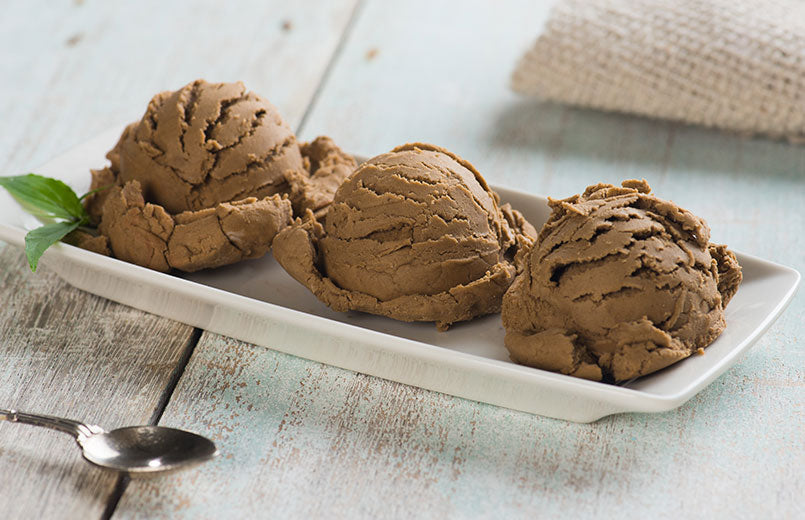 coffee-ice-cream-on-white-serving-plate