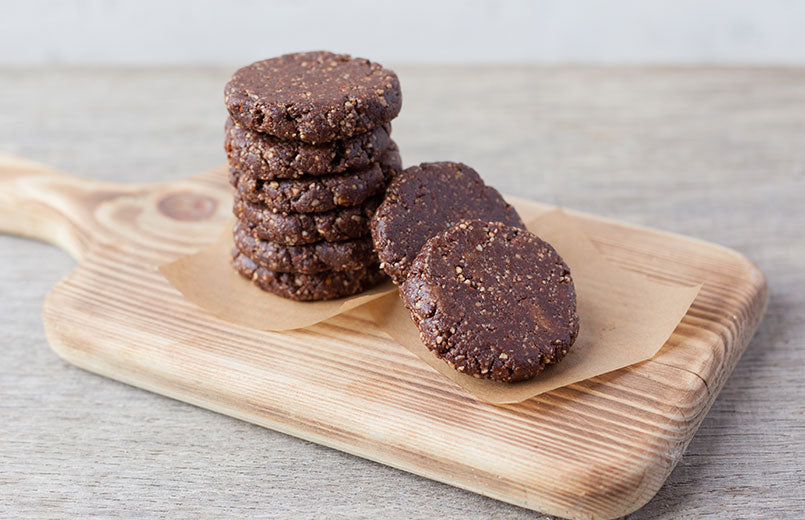 raw-vegan-gluten-free-cookies-made-with-nuts-coconut-oil-almond-butter