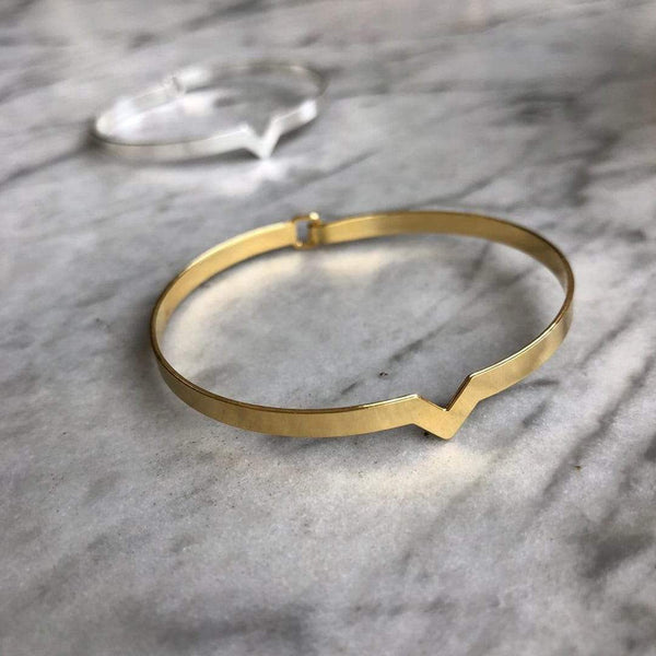 Dainty Bracelet with a Small Triangle