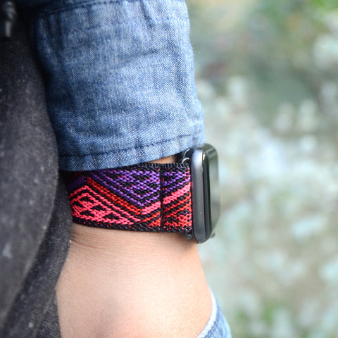 Tefeca Red Triangle Line Pattern Stretch Elastic Apple Watch Band 38mm/40mm  42mm/44mm  - ERTL