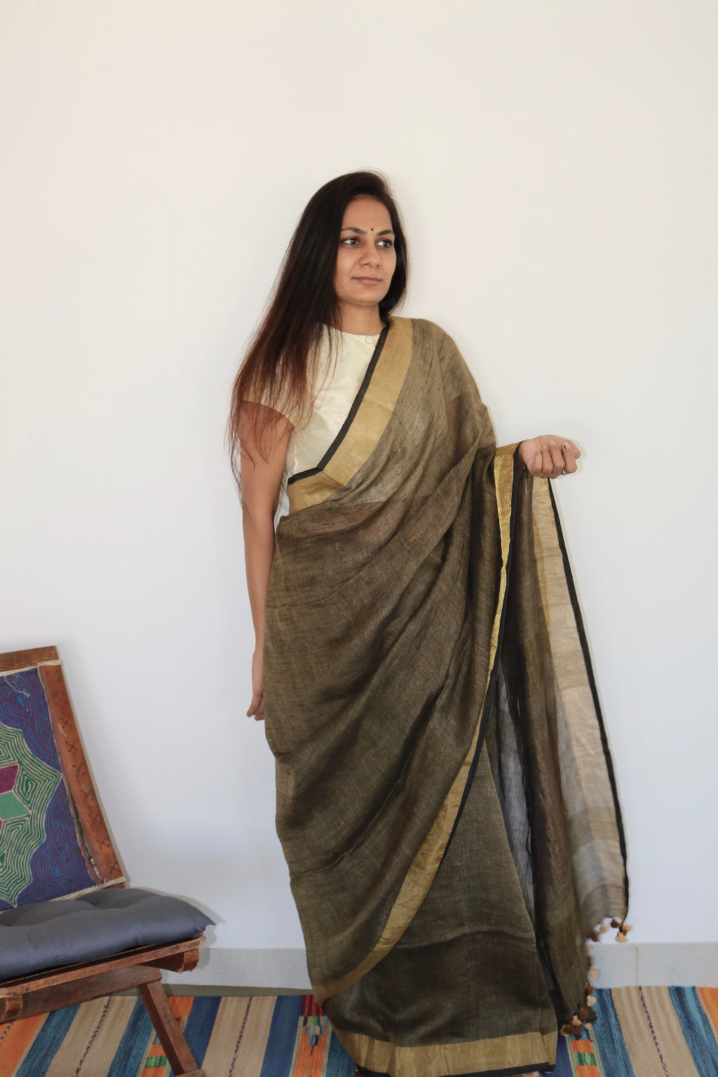 BROWN & RUSTIC GOLD BORDER LINEN SAREE