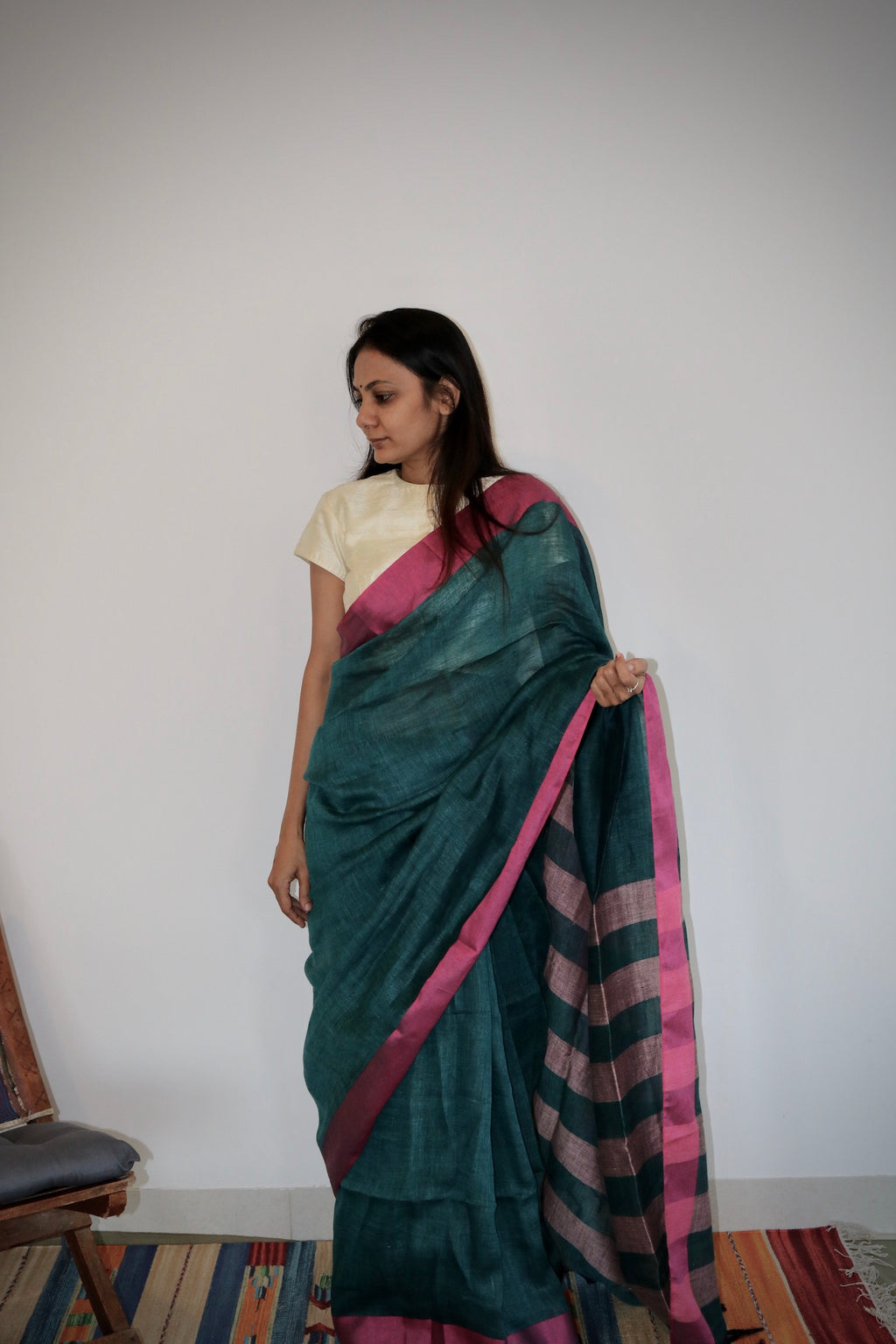BOTTLE GREEN & PINK LINEN SAREE