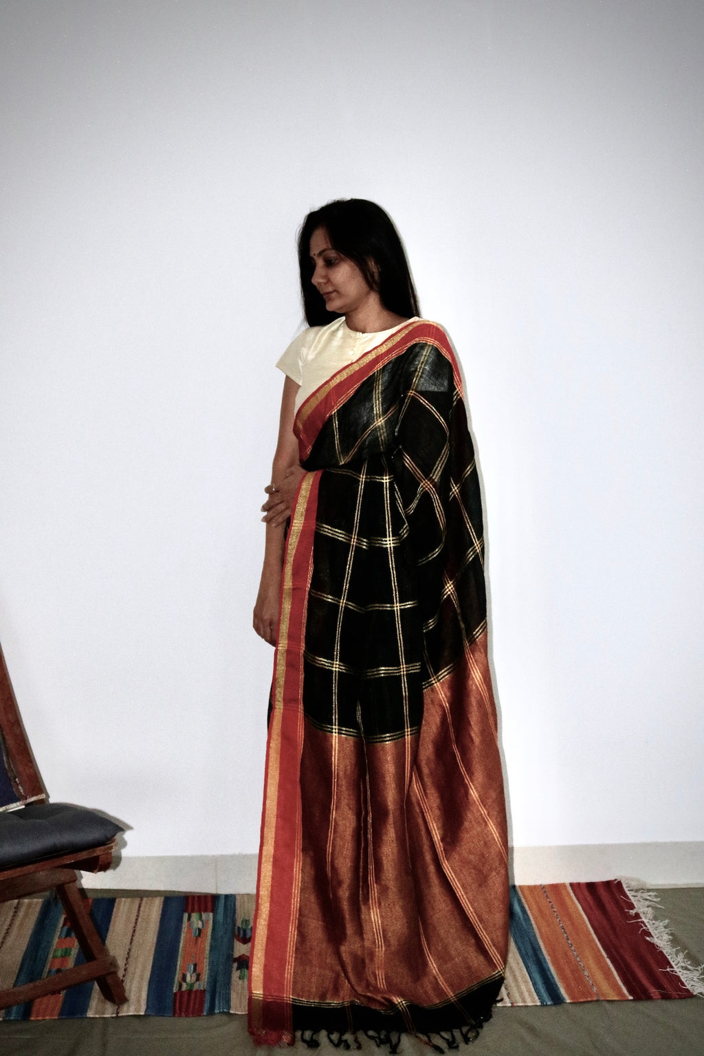 BLACK CHECKS LINEN SAREE