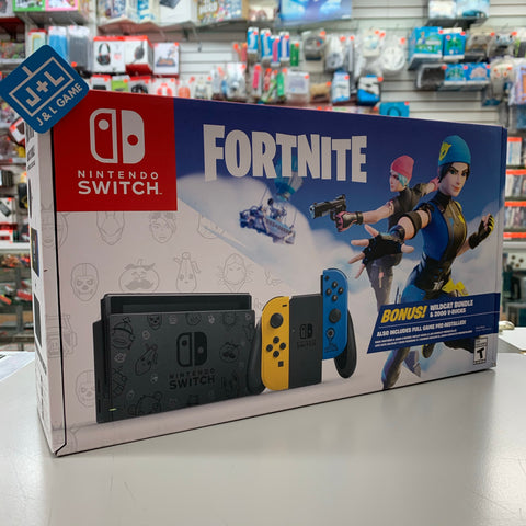 Nintendo Switch™ Fortnite Wildcat Bundle - Nintendo Switch