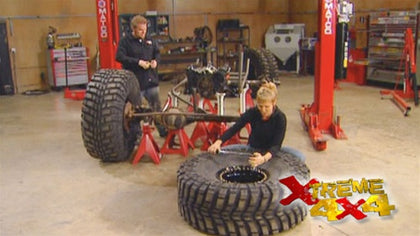 "Xtreme 4x4 DVD (2007) Episode 01 - ""Bottom Drawer Buggy Part II - Ian Johnson Mud Racing, Smoke Run, PA"""