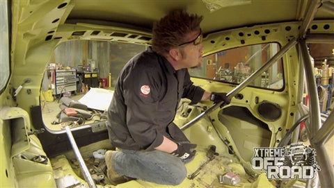 Xtreme Off-Road DVD (2014) Episode 15 - Project Hocus Focus: Roll Cage