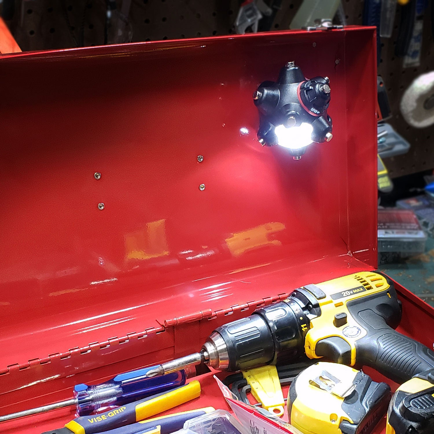 Keep Light Mine Professional in toolbox