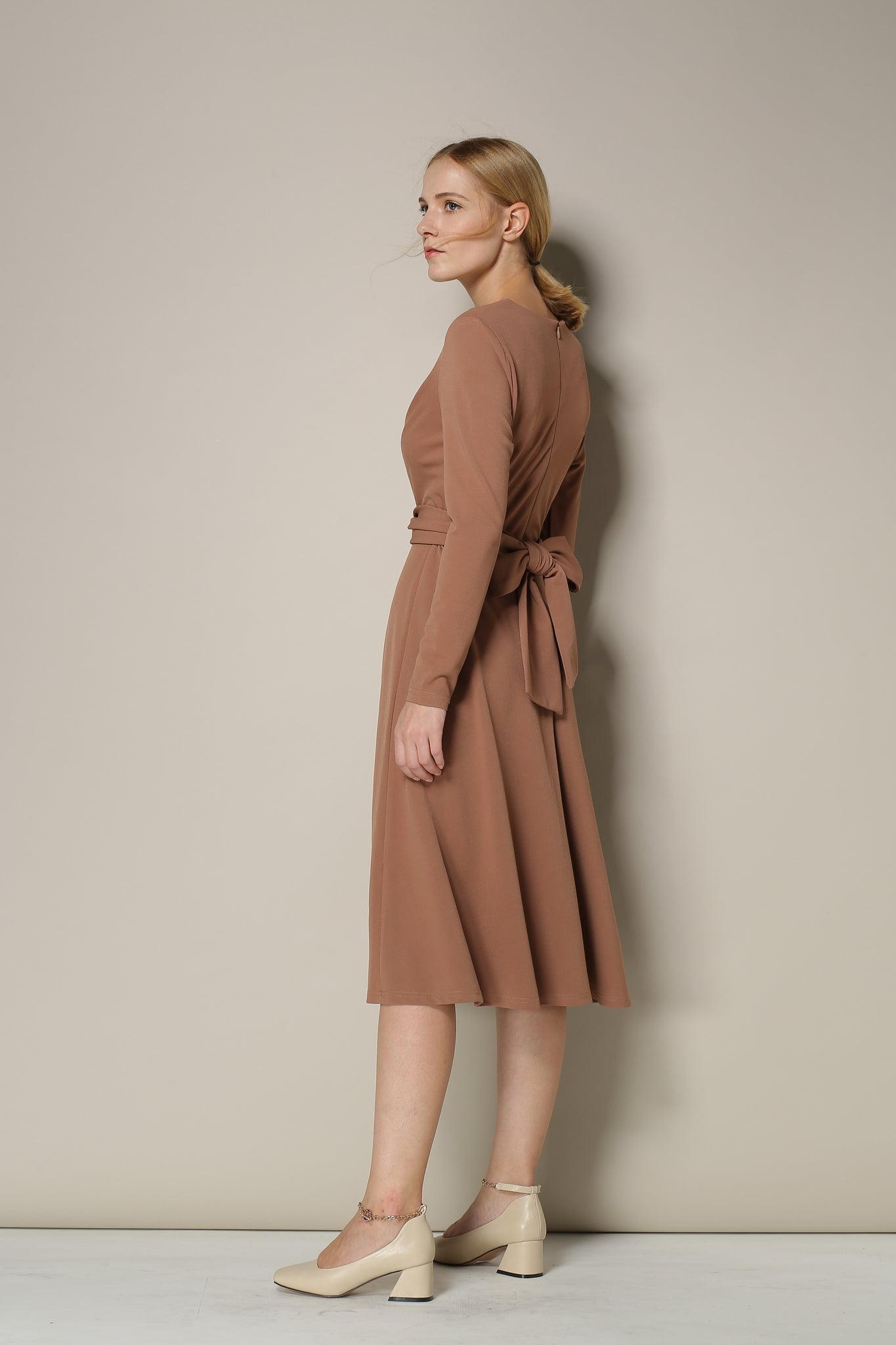 Long-Sleeved Rose Beige Midi Dress