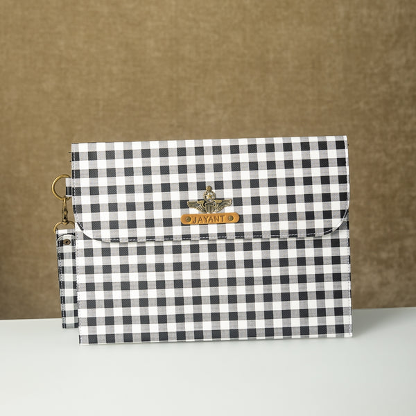 Black n White Checks iPad Sleeve