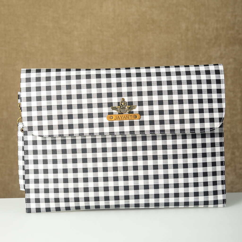 Black n White Checks Laptop Sleeve