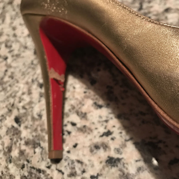 Christian Louboutin Metallic Very Prive 39.5 - FABULUXE