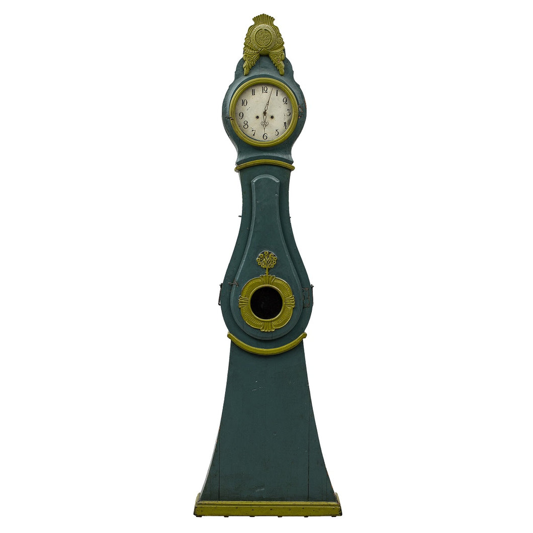 mora clock in original green paint and details