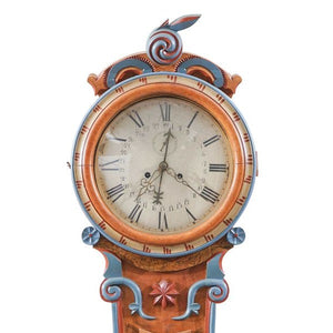 Mora clock face with hour and minute arms