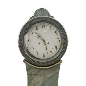 mora clock face detail blue