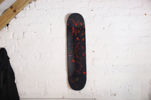 The Dark Is Rising | Skateboart | Renøyr