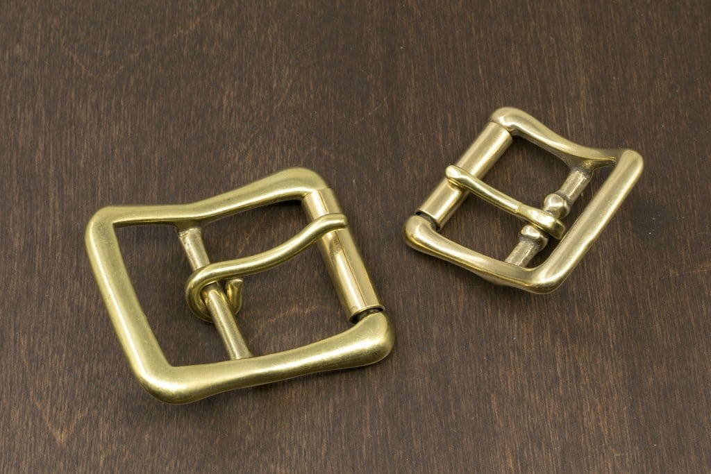 Japanese Brass Center Bar Roller Buckle