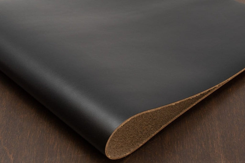 Horween Chromexcel, Black (Spray-Dyed)