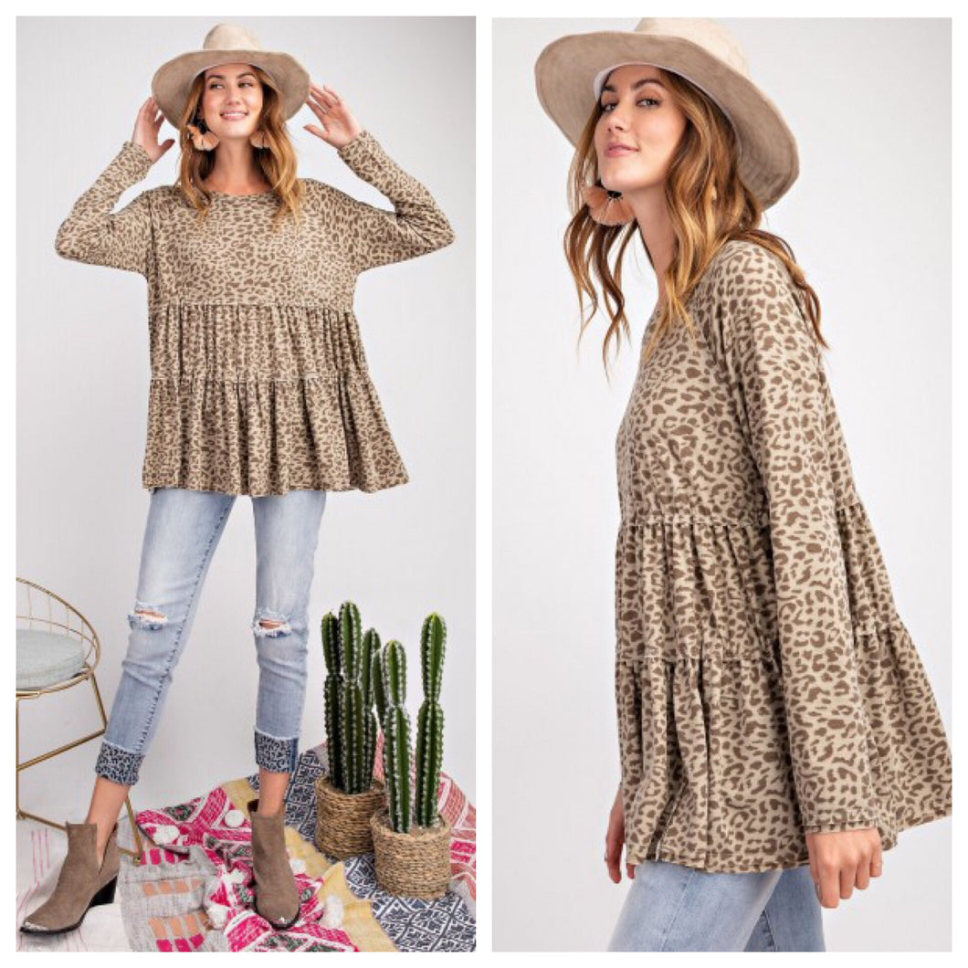 Layers of Leopard Swing Top
