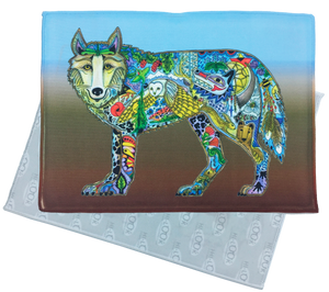 Wolf Standing Microfiber Cleaning Cloth