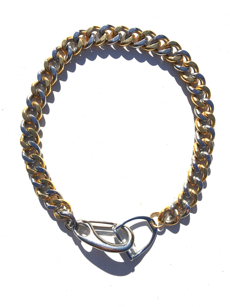 MIXED METAL STIRRUP CURB-CHAIN NECKLACE