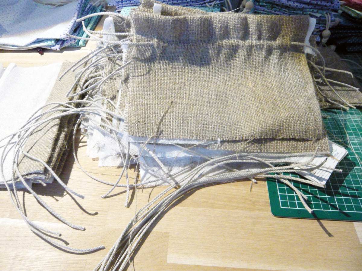 Fabrication pochette en chanvre naturel