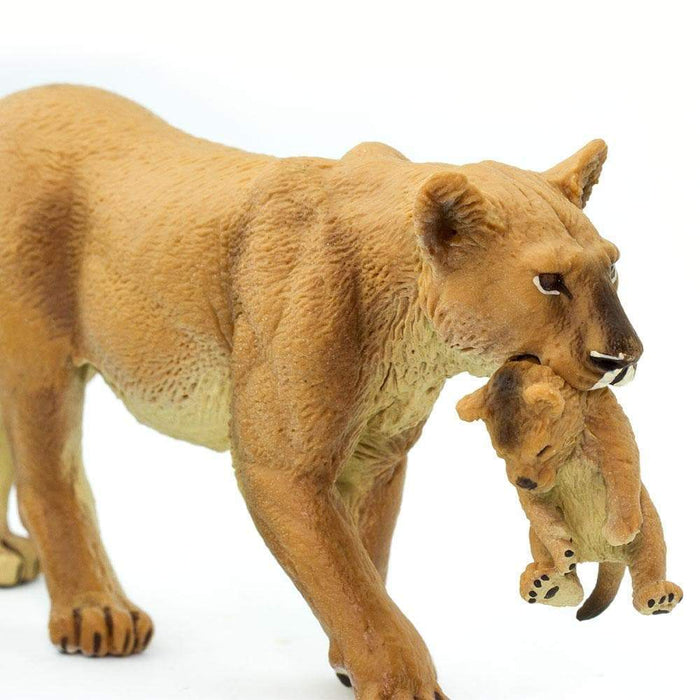 Lioness With Cub - Safari Ltd®