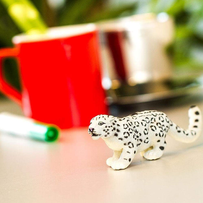 Snow Leopard Toy | Wildlife Animal Toys | Safari Ltd.