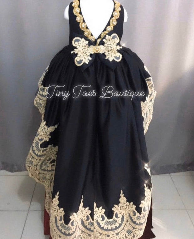 Cassandra Gown ( Black )