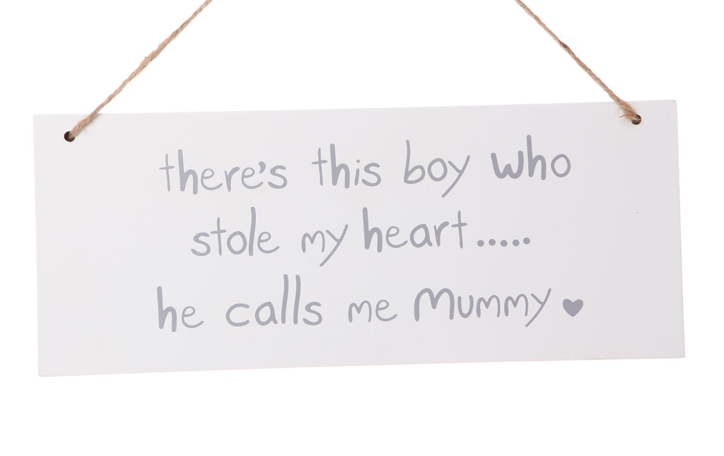 White Plaque hanging Sign Loves Mummy