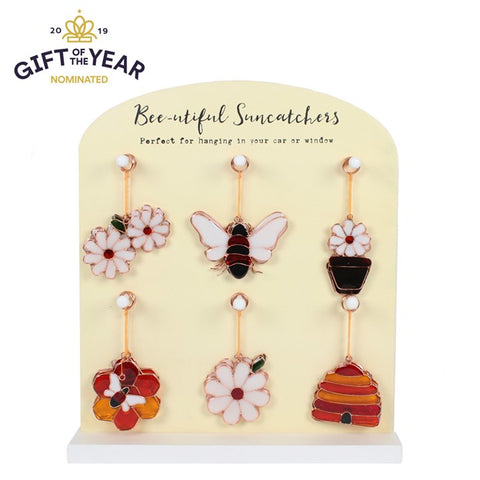 A MINI DAISY PICKING SUNCATCHER
