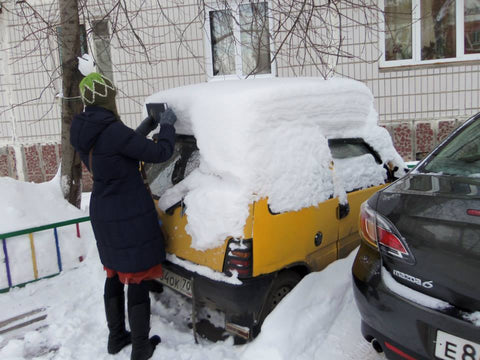 Snow accumulation in Novosibirsk, Russia