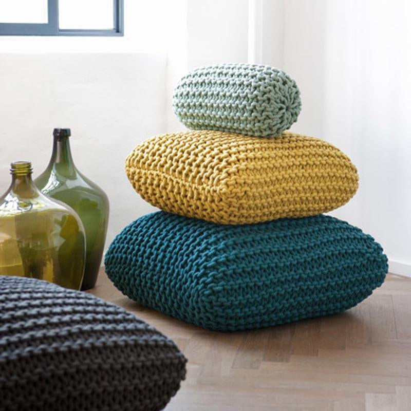 Floor pillows & cushions