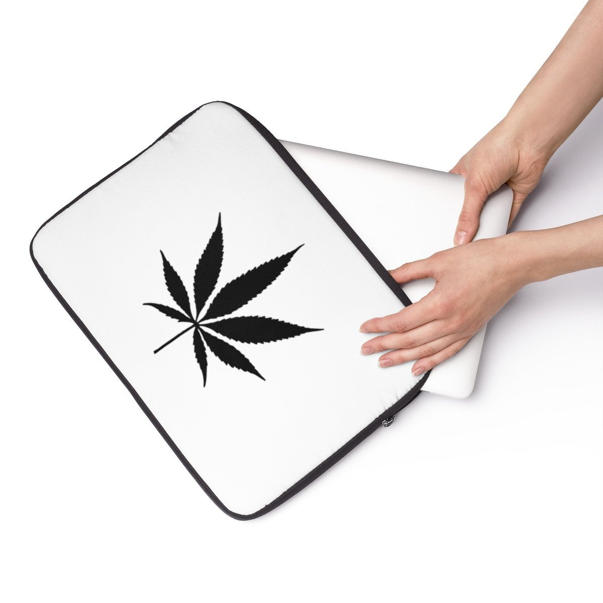 "Cannabis Laptop Sleeve-Tech - Accessories - Laptop Sleeves-Maison d'Elite-13""-Très Elite"