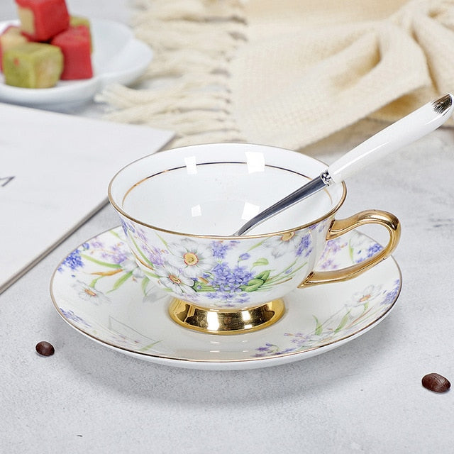 Set of 2 Porcelain Tea Cups And Saucers High-Grade Bone China