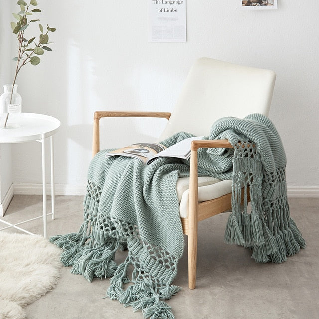 Hand-knitted Tassel Weighted Throw Blanket
