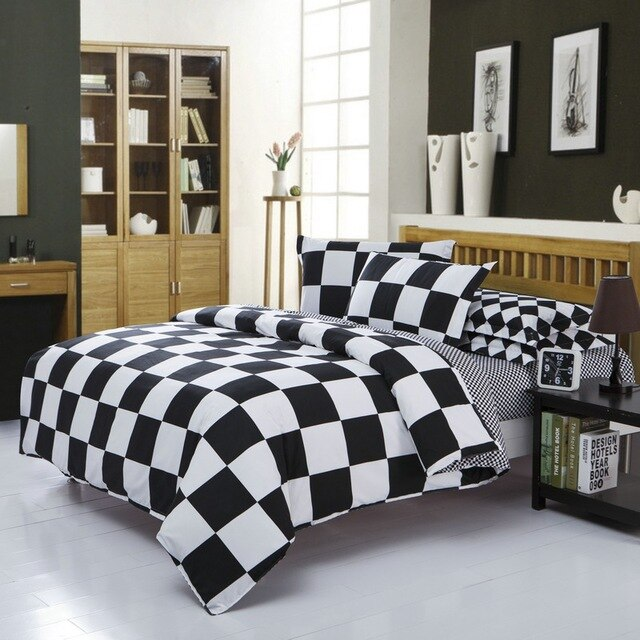 Four pieces of classical geometric black and white cotton bedding set