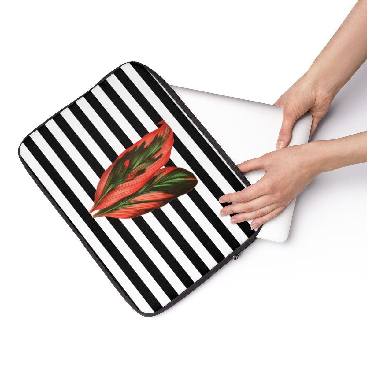 "Striped jungle leave Laptop Sleeve-Tech - Accessories - Laptop Sleeves-Printify-13""-Très Elite"