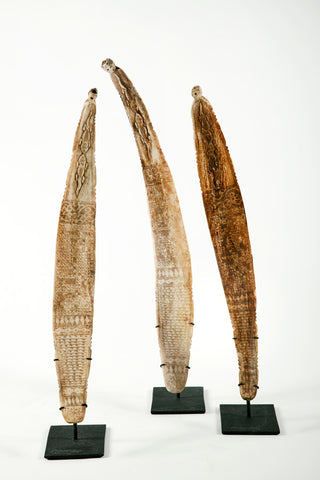CALENDAR COW BONE BATAK (LEFT)