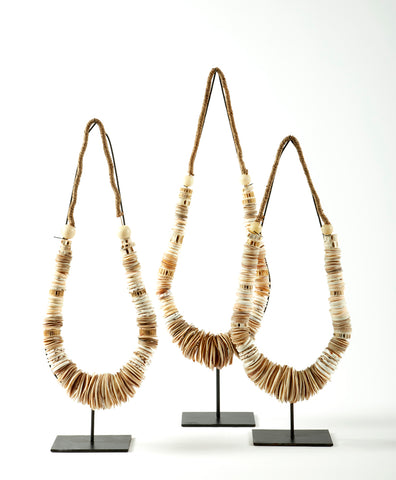 PAPUA SHELL NECKLACE (LEFT)