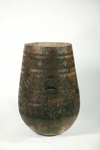 CARVED PALM POT