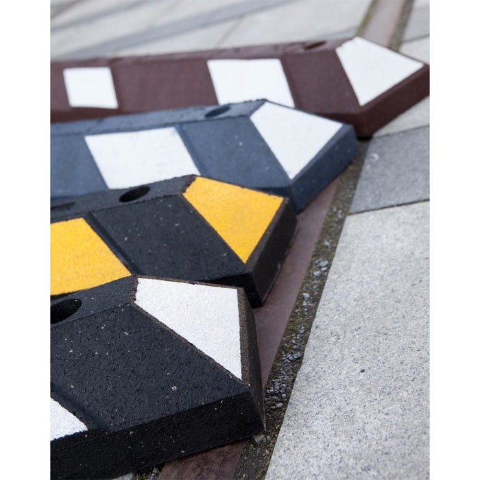Recycled Rubber Parking Blocks Car Stops