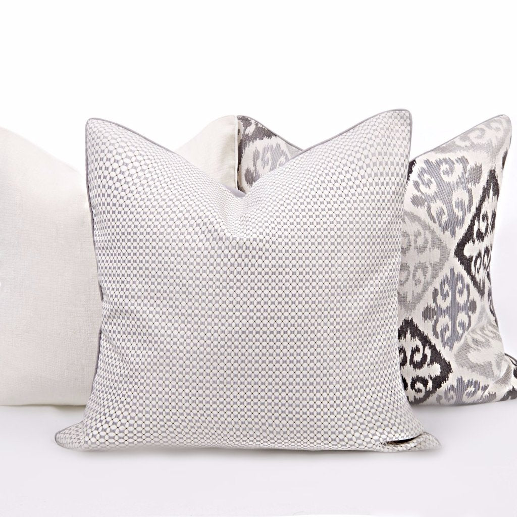 Cream/Gray Pattern Pillow