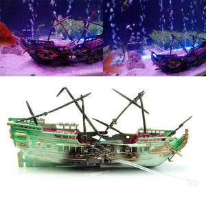 Aquarium Ornament Fishing Boat Decoration Shipwreck Boat Plant for Fish Tank