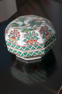 Late 19th C, painted by hand Porcelain Jar