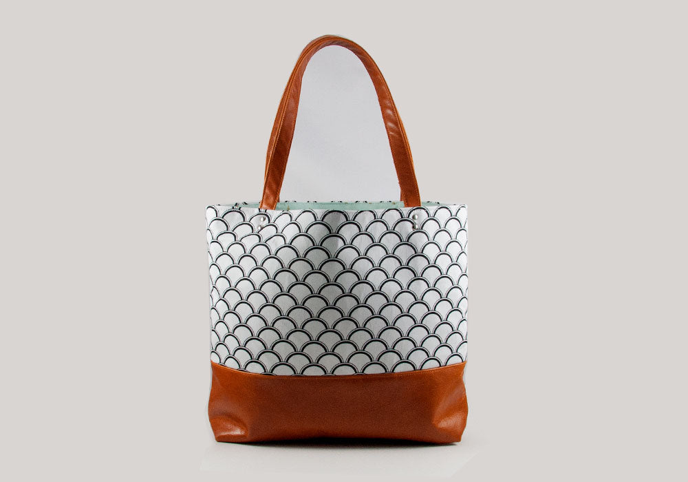 Tote Bag - Black Shells