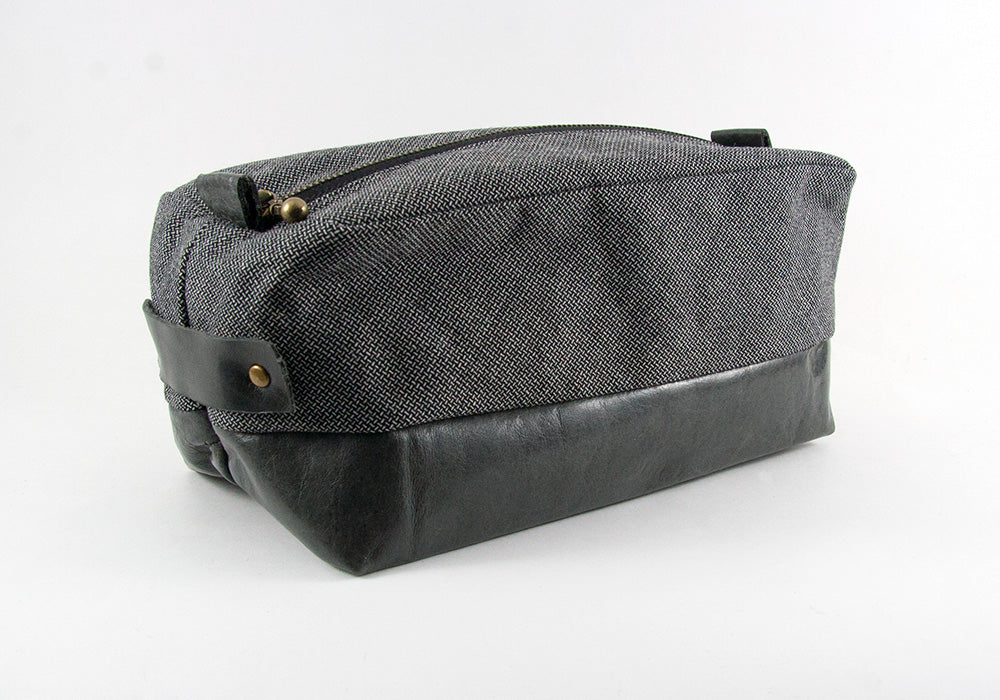 Compact Dopp Kit - Pepper
