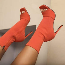Londres Ankle Booties - 5 colors