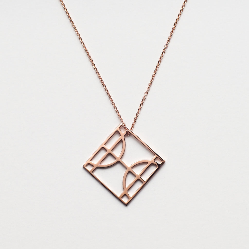 Pisces I in Rose Gold