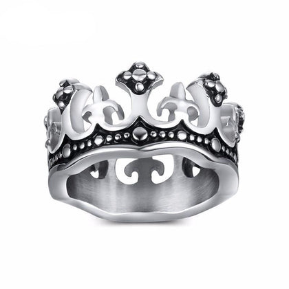 King's Crown Black Ring